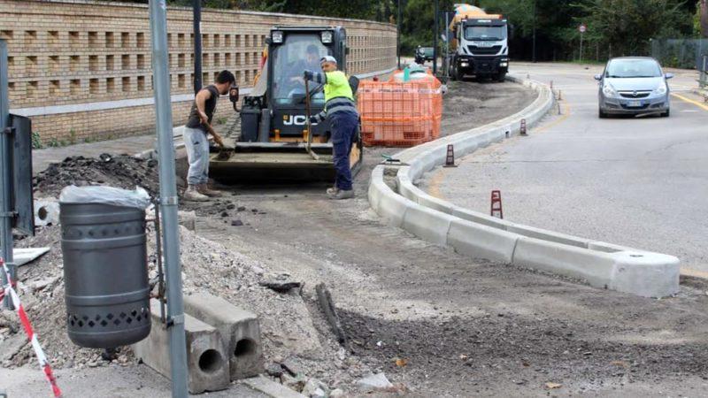 Più parcheggi, meno piste ciclabili: la mobilità insostenibile votata dal consiglio comunale di Pescara