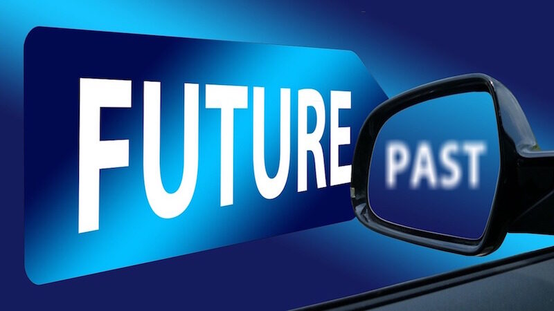 Il futuro non è nello specchietto retrovisore